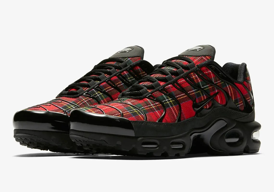 nike-air-max-plus-tartan-AV9955_001