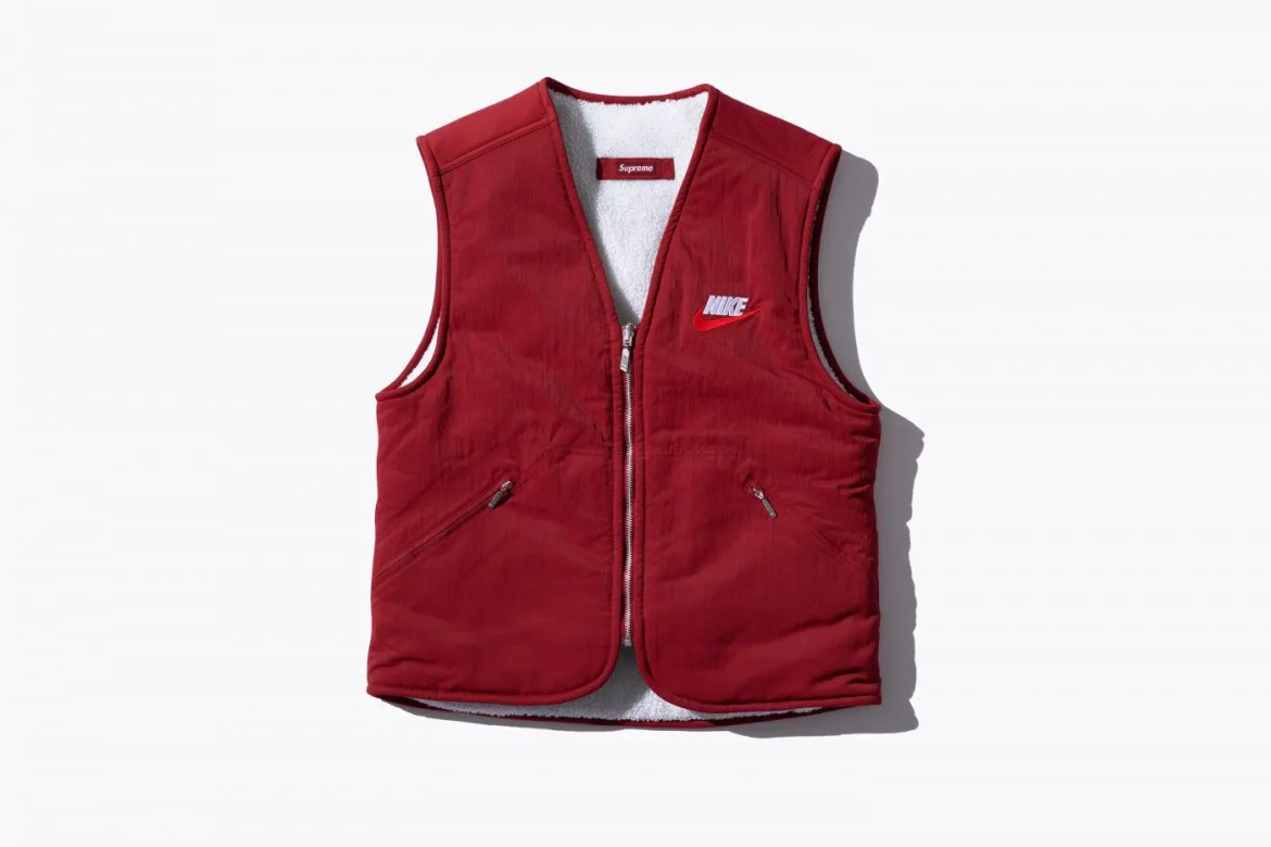 supreme-nike-18aw-collaboration-20180929-week6-reversible-vest-red-1