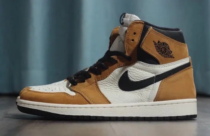 NIKE-AIR-JORDAN-1-RETRO-HIGH-OG-ROOKIE-OF-THE-YEAR-1