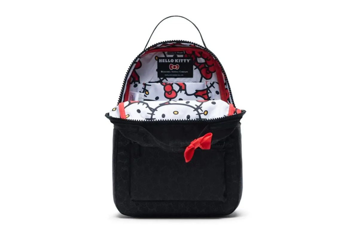 Herschel Supply x Hello Kitty-10Herschel Supply x Hello Kitty-10
