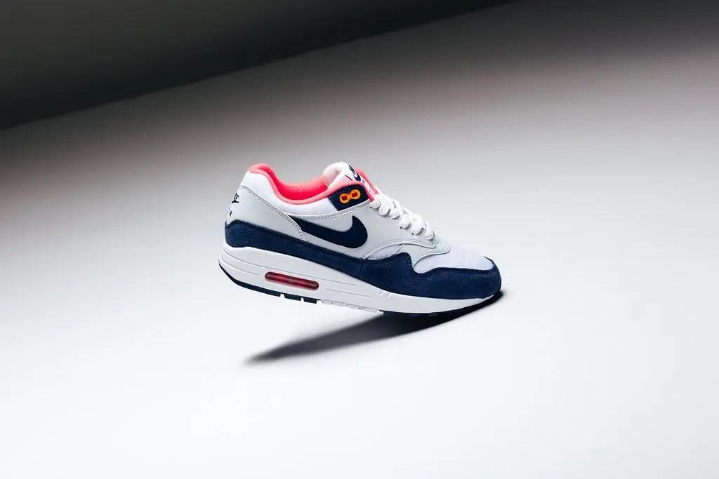 Nike_Womens_Air_Max_97_-_921733-015_-_Nike_Womens_Air_Max_1_-_319986-116_-_Feature-LV_-_February_15_2019-32_1024x1024