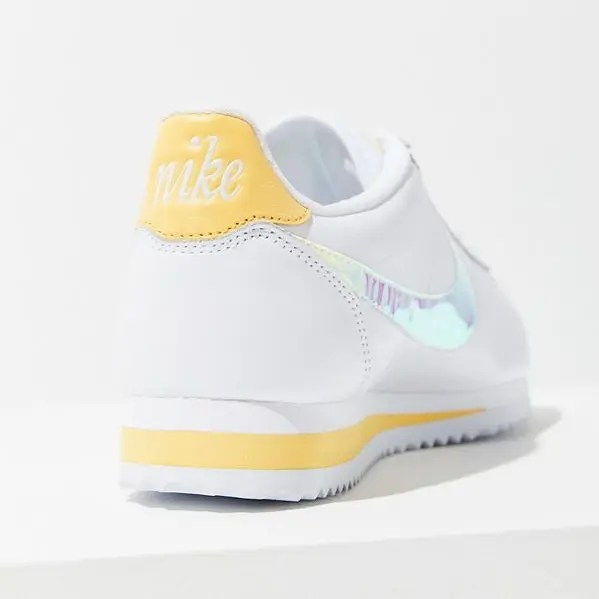Nike Classic Cortez Sneaker White Clear Topaz Gold-08