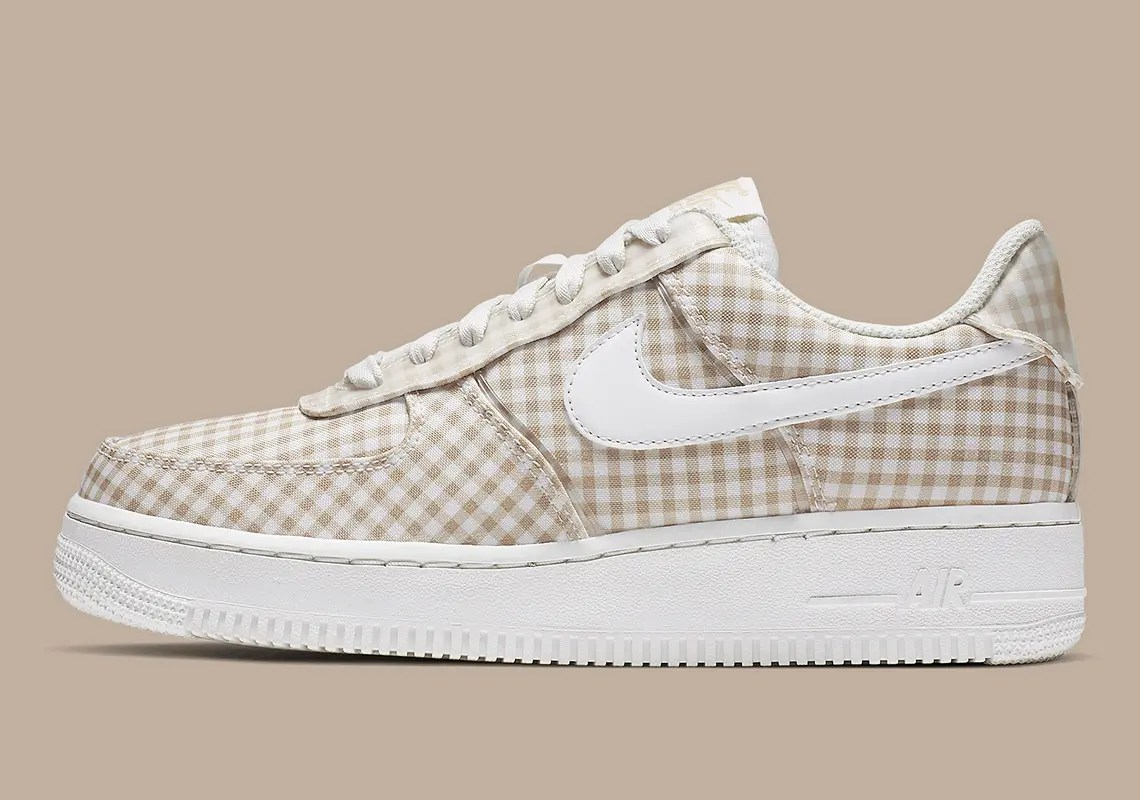 nike-air-force-1-gingham-brown-BV4891_101-1