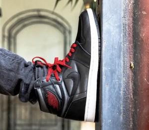 """Nike Air Jordan 1 Retro High """"Black Satin"""" (ナイキ エア ジョーダン 1 レトロ ハイ """"ブラック サテン"""") 555088-060, 575441-060"""