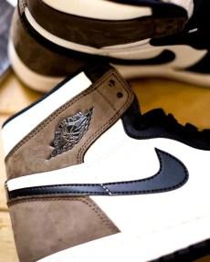 "Nike Air Jordan High ""Dark Mocha"" ナイキ エアジョーダン ハイ ""ダークモカ"" 555088-105 wearing swoosh"