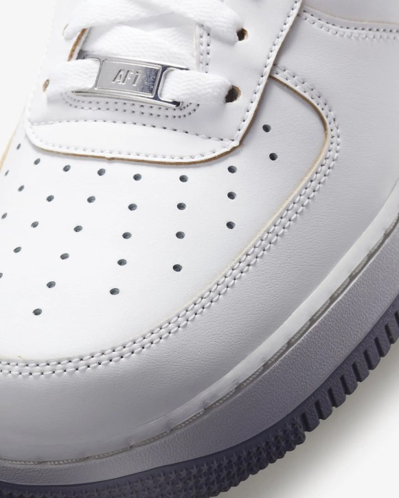 ナイキ-エア-フォース-1-07-lv8-nike Air Force 1 Low DC5209-100 toe closeup