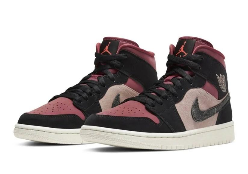 """ナイキ エア ジョーダン 1 ミッド """"バーガンディ/ ダスティピンク"""" Nike-Air-Jordan-1-WMNS-Dusty-Pink-Burgundy-pair"""