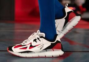 アンガス・ジャン × リーボック ジグ キネティカ コンセプト タイプ2 Paris Fashion Week red pair