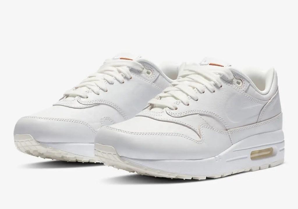 ナイキ ウィメンズ エアマックス 1 サミット ホワイト/サミット ホワイト-セイル-タウニー Nike-Air-Max-1-DC9204-100-pair