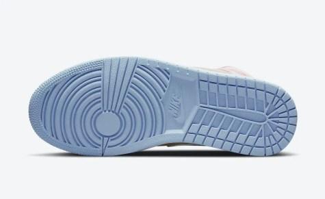 """ナイキ エア ジョーダン 1 ミッド SE """"セサミ"""" Nike-Air-Jordan-1-Mid-SE-Sesame-CZ0774-200-sole"""