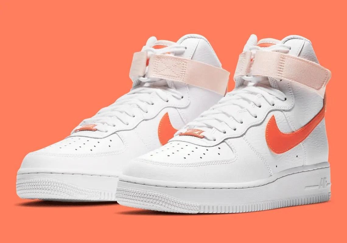 """ナイキ ウィメンズ エア フォース 1 ハイ """"パールオレンジ"""" Nike-Air-Force-1-High-334031-118-pair"""
