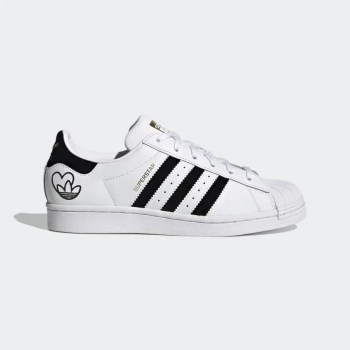 Superstar_Shoes_White_FY4755_1