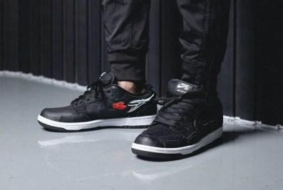 ウエステッド ユース × ナイキ SB ダンク ロー Wasted-Youth-Nike-SB-Dunk-Low-DD8386-001-pair-on-foot-2