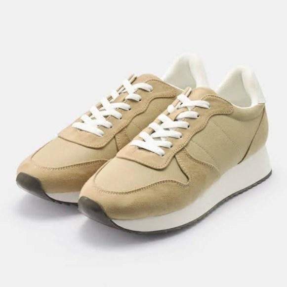 GU ジーユー ジョグ スニーカー ベージュ Jogging-Sneaker-Beige
