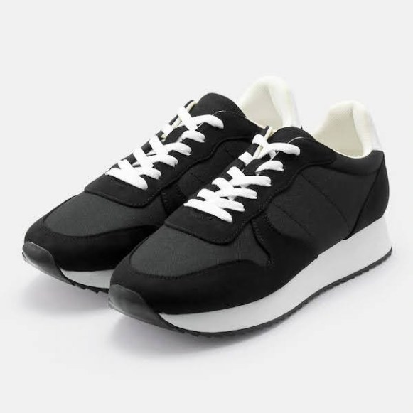 GU ジーユー ジョグ スニーカー ブラック Jogging-Sneaker-Black