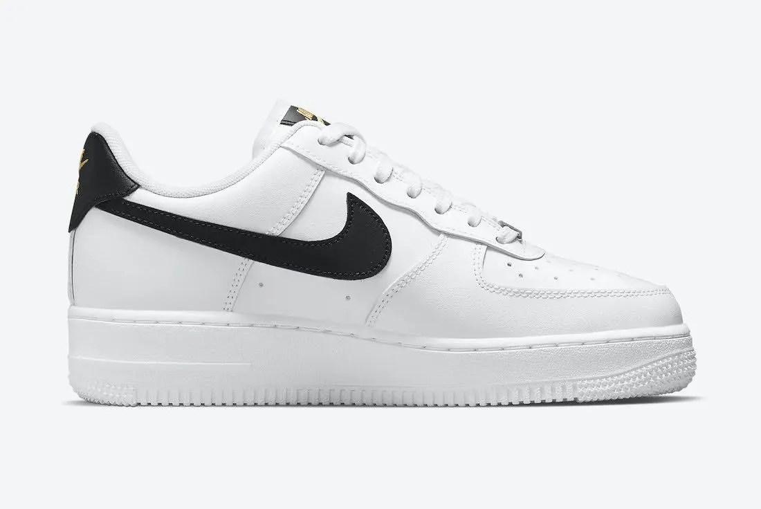 """ナイキ エア フォース 1 ロー """"ホワイト/ブラック/ゴールド"""" Nike-Air-Force-1-Low-White-Black-Gold-CZ0270-102-side-2"""