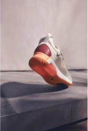 Nike-jordan-brand-ma-2-air-max-200-and-women-s-future-primal-apparel-sneaker-heel