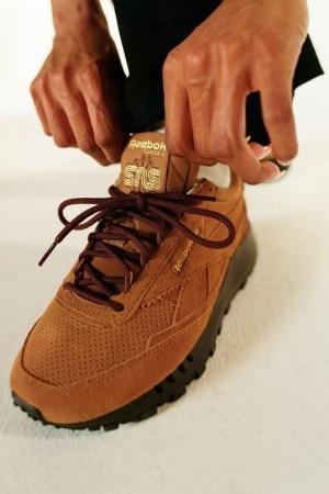 SNS-Reebok-Classic-Leather-Walking-20
