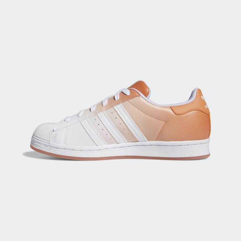 """アディダス ウィメンズ オリジナルス スーパースター """"ヘイジー コパー"""" adidas_Superstar_wmns_hazy-copper_GV7758-side-2"""