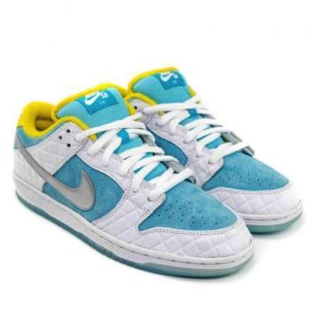 FTC × Nike SB Dunk Low FTC × ナイキ SB ダンク ロー White/Lagoon Pulse-Metallic Silver-Speed Yellow DH7687-400 main