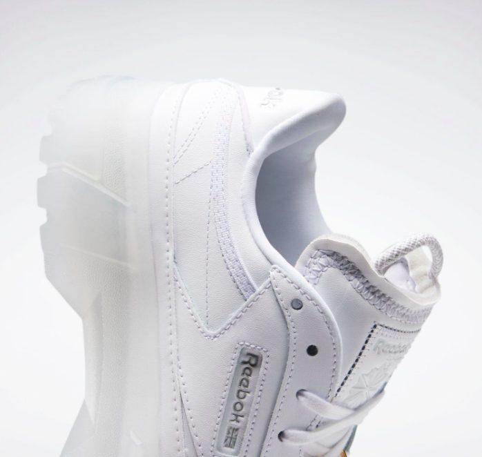 """リーボック × カーディビー """"クラブ シー カーディ"""" / フットウェア ホワイト Reebok-Cardi-B-Club-C-Cardi-Footwear-White-GX0038-side-closeup"""
