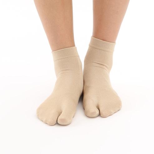 しっとり絹の足袋ショートソックス sandal-socks-style-idea-silk-tabi-socks