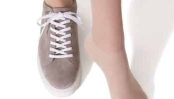 アツギ ストッキング スニーカー 推奨 おすすめ sheer stocking socks with sneakers