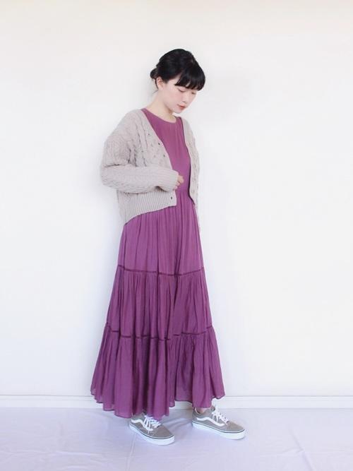 【春夏】ゆるふわワンピース sneakers-dress-style-yuru-fuwa-dress