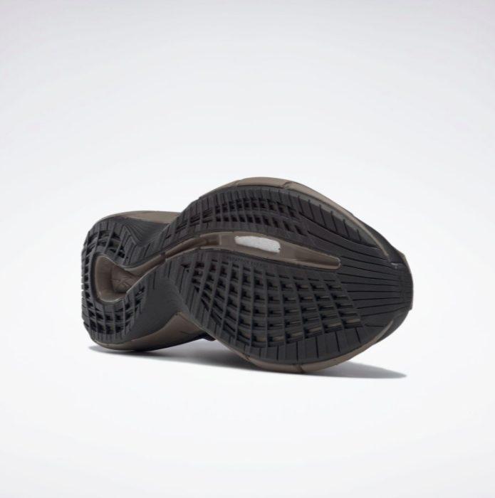 リーボック × コットワイラー ジグ 3D ストーム ハイドロ (ブラック) reebok_cottweiler_zig_3d_storm_hydro_black_g55692_sole