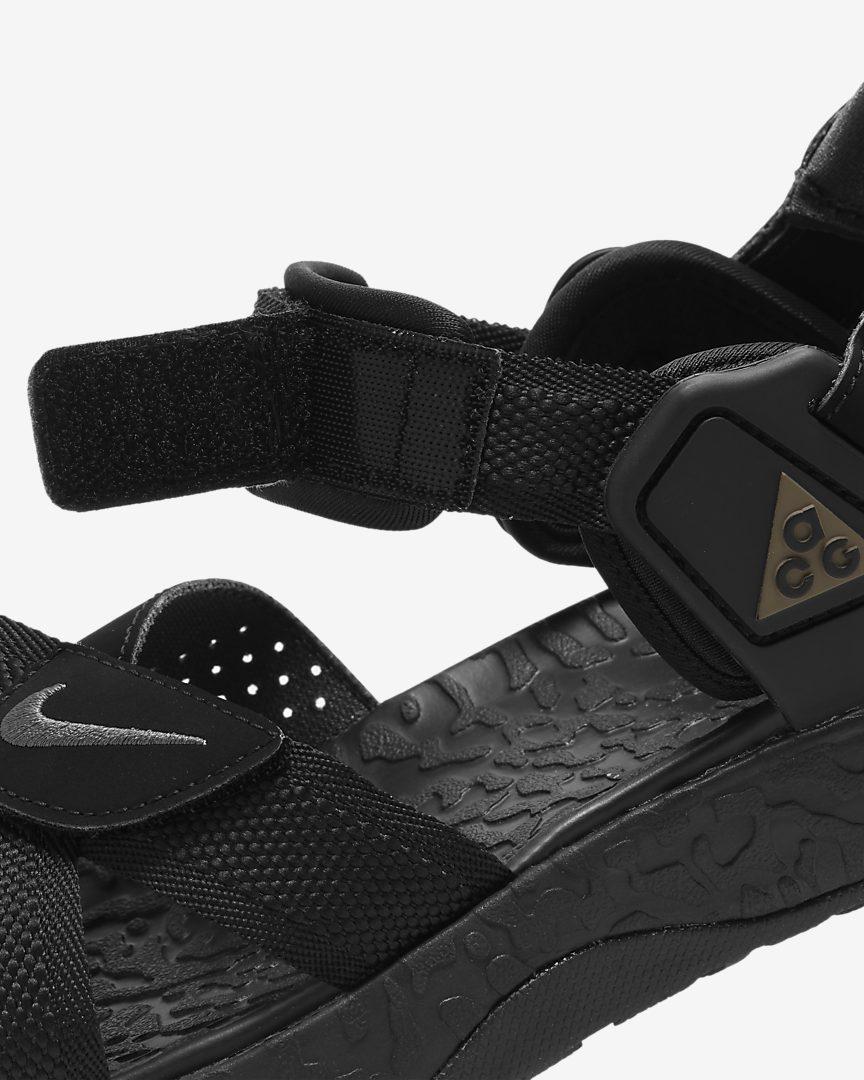ナイキ ACG エア デシューツ + (ブラック) nike-acg-air-deshuts-black-G8573G-side-closeup