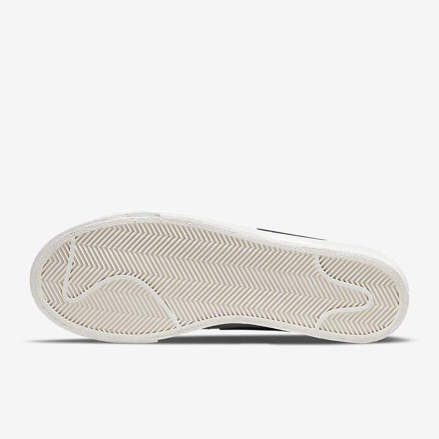ナイキ ウィメンズ ブレーザー ロー プラットフォーム (ホワイト / ブラック) nike-wmns-blazer-low-platform-white-black-dj0292-101-sole