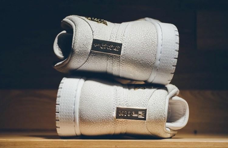 Air Jordan 1 Pinnacle OG White Metallic Gold