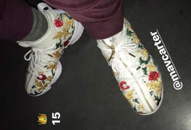 Nike LeBron 15 Floral Zipper