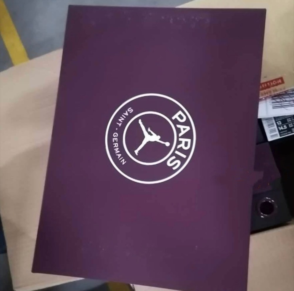 Air Jordan 4 PSG CZ5624-100 Box