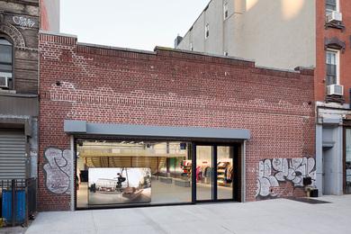 SUPREME Brooklyn イメージ