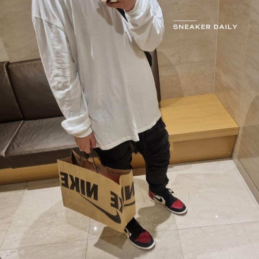 ao-t-shirt-nike-jordan-air-si-black-white-cu1024-100