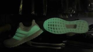 """アディダス ウルトラブースト 4.0 """"グローインザダーク"""" adidas UltraBOOST 4.0 """"Glow in the Dark"""""""