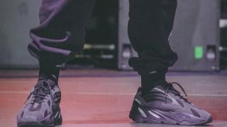 """【2019】イージーブースト700 V2 トリプルブラック / adidas Yeezy Boost 700 v2 """"Triple Black"""""""