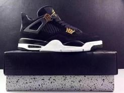 air-jordan-4-royalty-black-gold-8