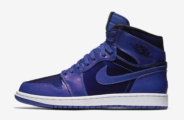 air-jordan-1-retro-high-deep-royal-blue-black-white-1
