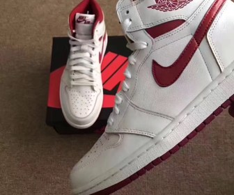 "リーク 海外5月発売予定 NIKE AIR JORDAN 1 HIGH OG ""Metallic Red"""