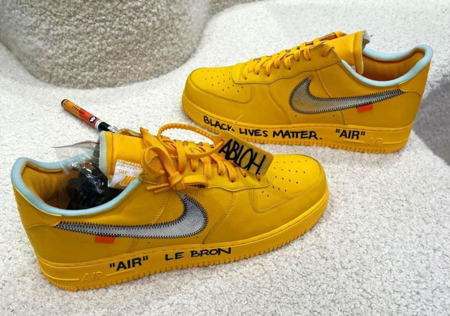 OFF-WHITE-x-NIKE-AIR-FORCE-1-LOW-UNIVERSITY-GOLD-DD1876-700