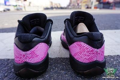 Air-Jordan-11-Low-Pink-Snakeskin-6.jpg