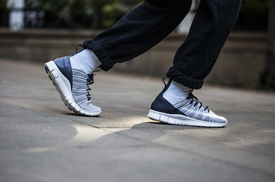 Nike-Free-Flyknit-Mercurial-Pure-Platinum-4.jpg