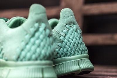 Nike-Free-Inneva-Woven-Blue-Green-3.jpg
