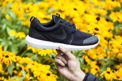 Nike-Roshe-Run-NM-TP-Black-3.jpg