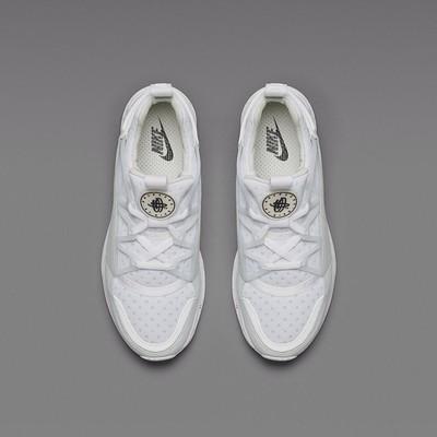 NikeLab_LunarHuarache_Light05.jpg