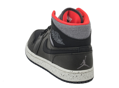 air-jordan-1-mid-winterized-black-grey-infrared-4.jpeg