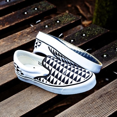 p_vans_checker_detail.jpg