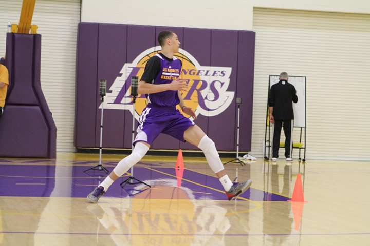 Zach Lavine wearing the Nike Kobe 8 - Photo courtesy of NBA